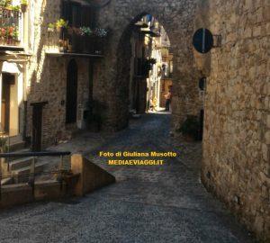 Sicilia, Pollina: sette escursioni fra i monumenti della natura